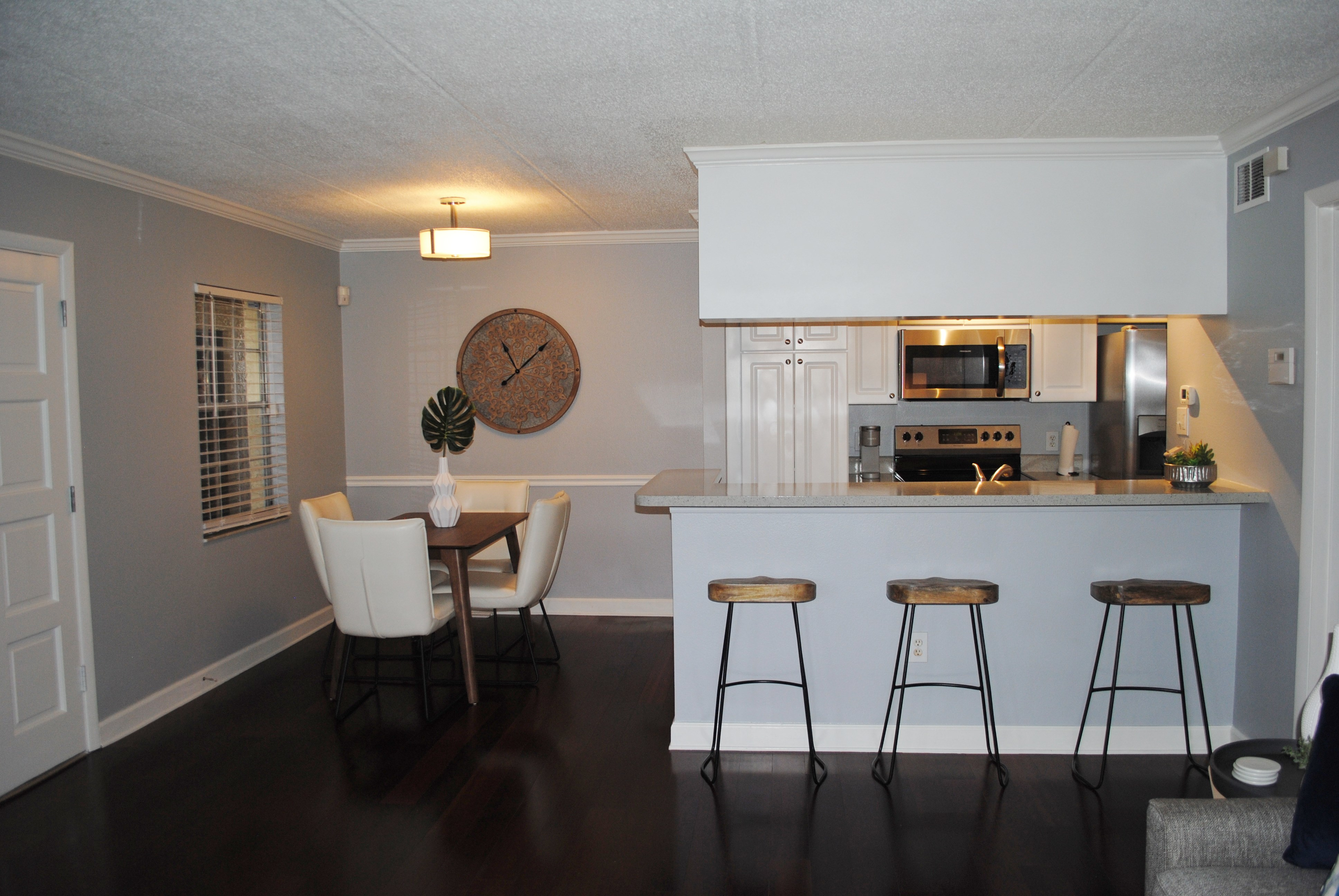 dinning-room-and-kitchen-2